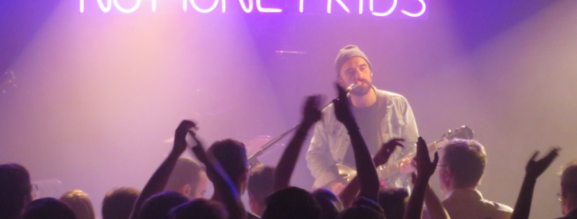 No Money Kids sur la scène de La Maroquinerie à Paris. ©️: phenixwebzine