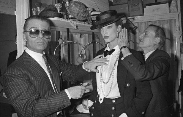 Karl Lagerfeld en janvier 1983 lors du premier défilé Chanel. AFP/Pierre Guillaud