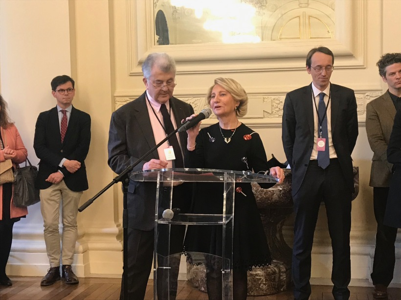 Florence et Daniel Guerlain lors de l'annonce du lauréat, le 28 mars 2019 au Palais Brongniart à paris.