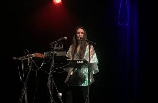 Rayannah lors de sa prestation au festival Voix de Fête, le samedi 23 mars 2019.
