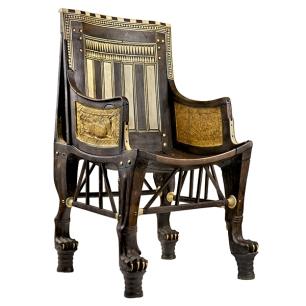 fauteuil de Toutânkhamon en bois incrusté d'ébène et d'ivoire.