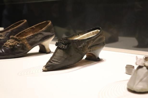 Chaussure de Marie-Antoinette, au Musée des Arts Décoratifs