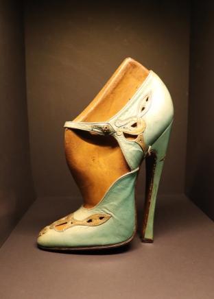Chaussure Fétichiste, Musée des Arts Décoratifs