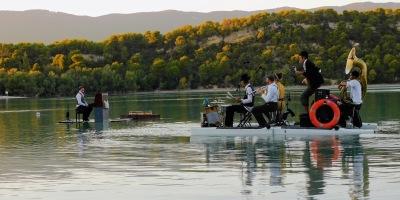 PianO sur le lac.