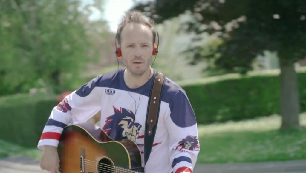 """Capture d'écran du clip """"On croit en moi"""" Benoit Dorémus"""