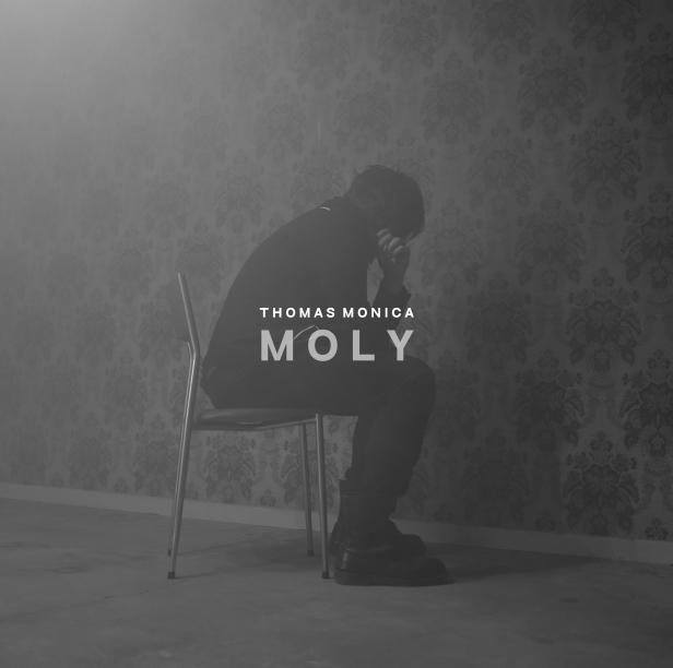 THOMAS MONICA-MOLY-Cover Single